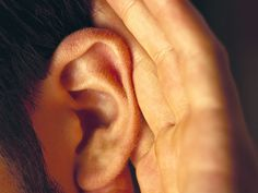 (HealthDay)—People suffering from chronic ringing in the ears—called tinnitus—may find some relief by spraying the hormone oxytocin in their nose, a small initial study by Brazilian researchers suggests.