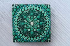 Dot Art Painting, Mandala Painting, Stone Painting, Painting Canvas, Mini Toile, Design Mandala, Mandala Rocks, Mini Canvas, Signs
