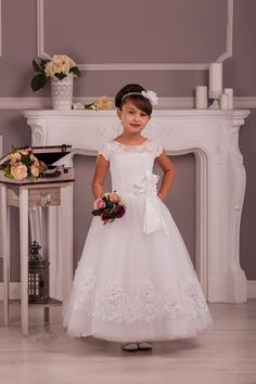 Elegant First Communion Dresses Wedding Party New Coming Fashion Scoop Neckline Lace And Tulle Custom Made Ankle Length Flower Girl Dress For Sale Zipper Back