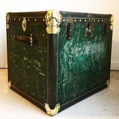 Antique large square traveling trunk side table - The Hoarde