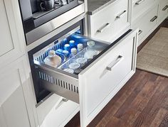 10 Easy Pieces: The Best Under-Counter Refrigerator Drawers The days of the space-hogging fridge may be numbered. Under-the-counter refrigerator drawers—almost all of which come with a choice of stainless steel or c Undercounter Refrigerator, Refrigerator Cabinet, Beverage Refrigerator, Fridge Drawers, Kitchen Drawers, Drawer Inspiration, Modern Refrigerators, Under Counter Fridge, Kitchen Drawer Organization