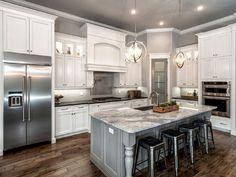 Gray Kitchen Cabinet Organiztion Ideas (5)