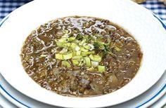 Linsesuppe med porre - nem opskrift på mættende suppe