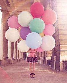 big multi-colored balloons | via danielle oakey interiors