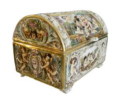 Capodimonte large hinged chest with cherubs and gold Vintage Display, Vintage Box, Like Fine Wine, Antique Chest, Pretty Box, Sewing Box, Objet D'art, Small Boxes, Casket