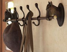 Mud room- Five hooks held by cast-iron horses bring equestrian chic to the task of organizing at home. Each hook is topped with a ball finial to double the storage capacity for hats, coats, leashes and more. Equestrian Decor, Western Decor, Equestrian Style, Country Decor, Equestrian Bedroom, Equestrian Fashion, Country Life, Farmhouse Decor, Furniture Upholstery