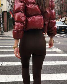 Down Puffer Coat, Down Coat, Emily Ratajkowski, Puffy Jacket, Leather Pants, Arm, Sporty, Female, Stylish