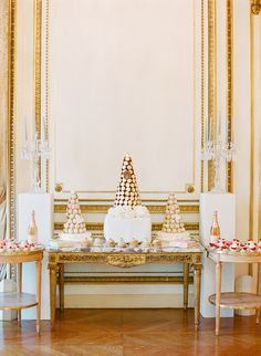 We're obsessed with this super romantic, Parisian inspired #weddingdessert table!