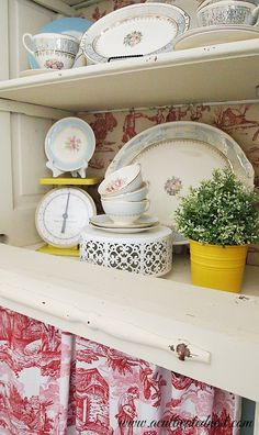 Vintage Dish Love at A Cultivated Nest -  My Cheerful Yellow Spring Decorating