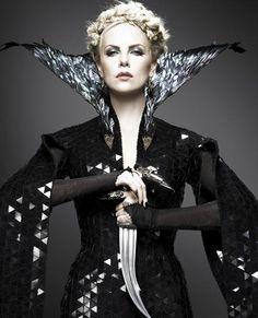Evil Queen, Snow White & the Huntsman