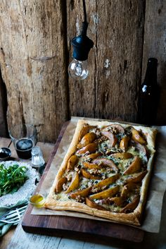 Blue cheese, pear and walnut on flaky pastry 3
