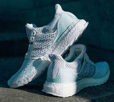 bd49140b132 Adidas x Parley UltraBoost Clima 4 Pollution Plastique