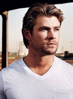#Chris Hemsworth
