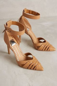 Camel shoes