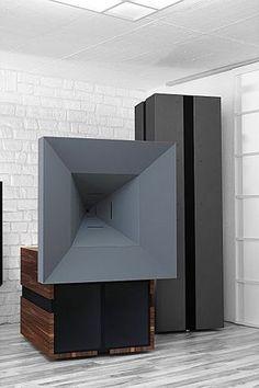 Ultima S + Sub - Unity Horn type speaker. Horn  transmitting from 150Hz upwards