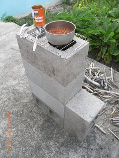 Rocket stove from 5 cinder blocks