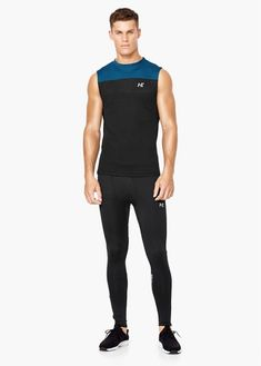 Camiseta running multi-way stretch mango man sport clothes. Gym Style, Sporty Style, Fitness Style, Sport Outfits, Cool Outfits, Gym Outfits, Compression Clothing, Mens Fitness, Fitness Foods