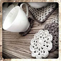 bandorka: Háčkovaný podšálek Crochet Doilies, Crochet Earrings, Bedspreads, Blankets, Bedspread, Blanket, Cover, Comforters, Coverlet Bedding