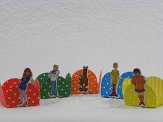 24 Forminhas Decoradas  Scooby Doo-Cortes para Montar www.petilola.com.br