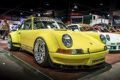 PORSCHE 911/930 Backdate Long-Hood style Wide Body
