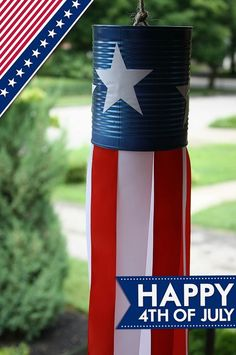 The Ultimate Guide to of July DIY Party Ideas - Twins Dish - Easy DIY patriotic Tin can windsock for of July. So fun! Fourth Of July Decor, 4th Of July Decorations, 4th Of July Party, July 4th, Americana Decorations, Outdoor Decorations, Patriotic Crafts, Patriotic Party, July Crafts