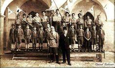 الكشاف الفلسطيني في مدينة بيت جالا - فلسطين عام 1936م  Palestinian scouts  in the city of Beit Jala-Palestine in 1936