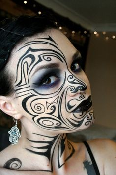 Maori inspired tribal makeup pretty to grotesque: facial & body art in Maquillage Halloween, Halloween Makeup, Tribal Makeup, Fantasy Make Up, Face Paint Makeup, Theatrical Makeup, Make Up Art, Dramatic Makeup, Special Effects Makeup