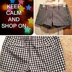 Old Navy Black & White Checkered Shorts Pre-loved Women's black and white old navy shorts! Wore them a hand full of times. About mid thigh length.  Material:  100 % Cotton Old Navy Shorts