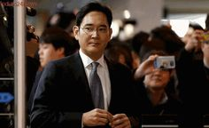 South Korea prosecutor seeks arrest of Samsung chief for bribery Samsung, Jay Lee, Walk Free, Latest World News, The Heirs, Trials, Scandal, South Korea, Children