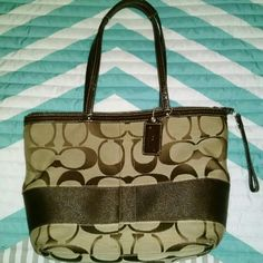 Authentic Coach Bag Authentic Coach Bag Great Condition!! Coach Bags Shoulder Bags