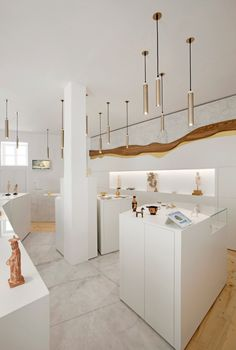iMUSEUM is a minimalist house located in Mykonos, Greece, designed by CTRLZAK. iMUSEUM is an a new concept store that brings together histor. Jewellery Shop Design, Jewellery Showroom, Minimalist Home, Minimalist Design, Showroom Design, Interior Design, Store Layout, Store Interiors, Jewelry Stores