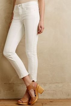 I am such a sucker for Pilcro jeans.  I have two pairs and they are SO SOFT and comfy I love it so much.  I've been cuffing mine for hot summer sun.