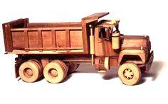 Wooden Toy Car Plans | Véhicules de collection en bois
