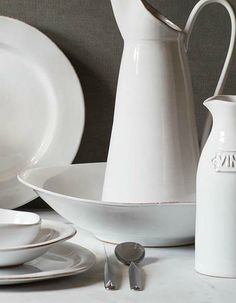 Crisp, rustic beauty comes to life in the form of the Vietri Bianco Dinnerware collection and takes your dining experience to a new level.