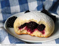 JEZYNIANKI WANILIOWE. Przepis pochodzi z blogu Liski W… na Stylowi.pl Sweet Bread, Scones, Vegetarian Recipes, Muffins, Pudding, Breakfast, Blog, Food Ideas, Diy