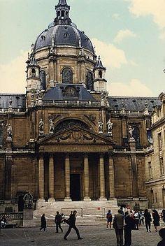 France.  Cour de la Sorbonne, Paris // Photo Evert Pronk