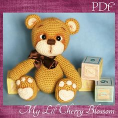 This is a pattern to make a sweet, inocente, Teddy Bear so adorable that you will want kiss him day and night!