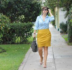Divina Ejecutiva: Mis Looks - De celeste y mostaza! #divinaejecutiva #officeattire #workinggirl #workinglook #yellowskirt #summerlook
