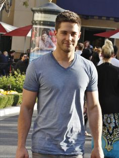 Dean Geyer Looks Hot As He Poses With Fans In LA                                                                                                                                                                                 More
