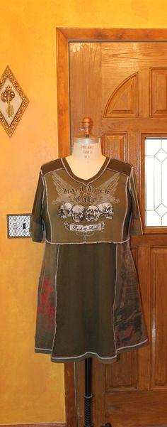 Plus size printed tunic/Gothic style/olive tshirt/ hard rock/ skull shirt /Altered moda/ funky women clothing