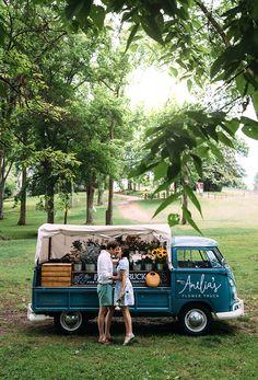 Amelia's Flower Truck // Nashville, TN