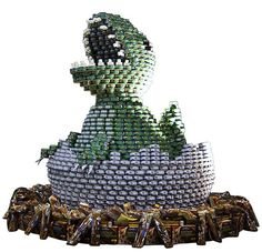 Giant Sculptures Made From Food Cans - Canstruction® Event at Canary Wharf