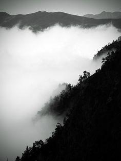 montee pour les lacs des boum  luchon pyrenees