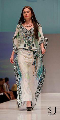b12a8383f90b Camilla - nice balance of fabric   design!