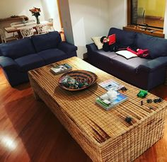 Seriously obsessing over this all natural straw table at our #airbnb #apartment. Think it will fit in my carry on? #traveldiaries #apartmentdecor #bogota #bogotacolombia #colombia