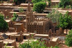 Dogon Tribe Africa | Mali, Bandiagara escarpment, Mud brick Mosque in Dogon village.