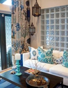not lovin the fabric, but the glass divders there are MARVELOUS!  <3  = 37 Sea and Beach Inspired Living Rooms | DigsDigs