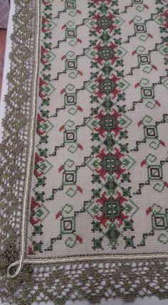 Diy And Crafts, Bohemian Rug, Cross Stitch, Rugs, Crochet, Fabrics, Decor, Embroidery, Farmhouse Rugs