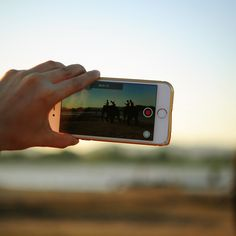 Want to get started with video marketing, but not sure where to start? Here are 7 video marketing content ideas to get you started. Marketing Tools, Marketing Digital, Content Marketing, Social Media Marketing, Business Marketing, Marketing Strategies, Social Networks, Marketing Videos, Marketing Calendar