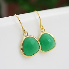 Palace Green Opal Glass drop dangle Earrings - Bridesmaid gift, Bridesmaid Earrings, Bridesmaid Jewelry, Wedding, Christmas gift for her